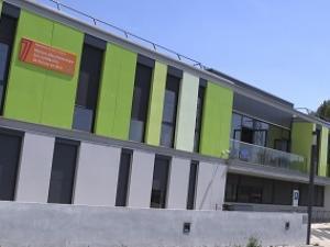 Facade moderne de la MDS de Roissy