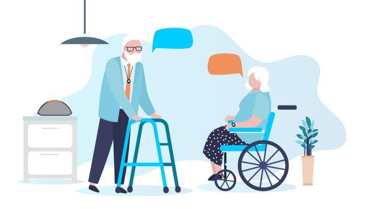 personnes âgées avec un médaillon de téléassistance